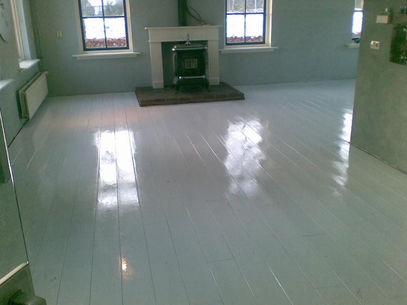 Wit geverfde houten vloer schoonmaken archidev